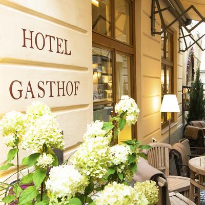 Hotel Goldgasse - Front © Marco Riebler